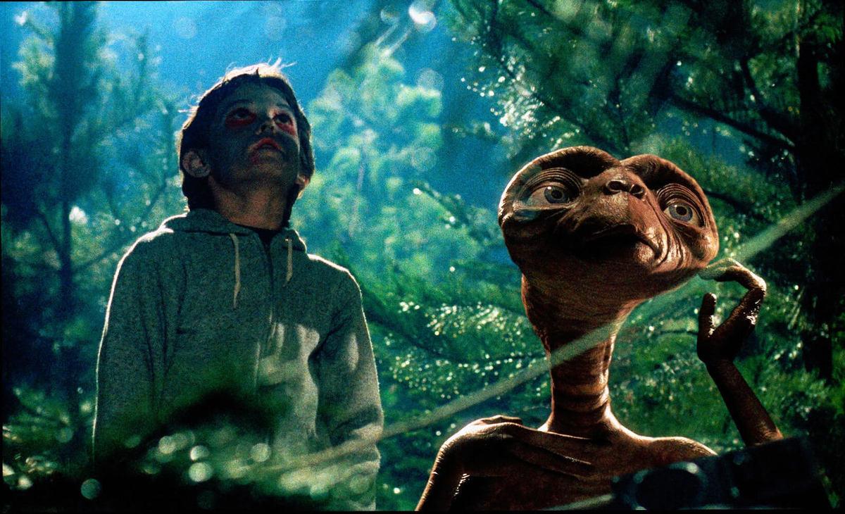 E.T. l'extra-terrestre.