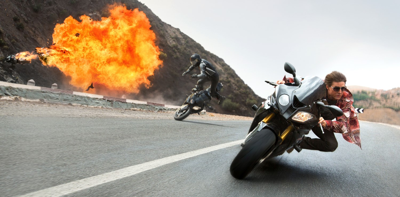 tom cruise dans Mission : Impossible - Rogue Nation (2015) de Christopher McQuarrie